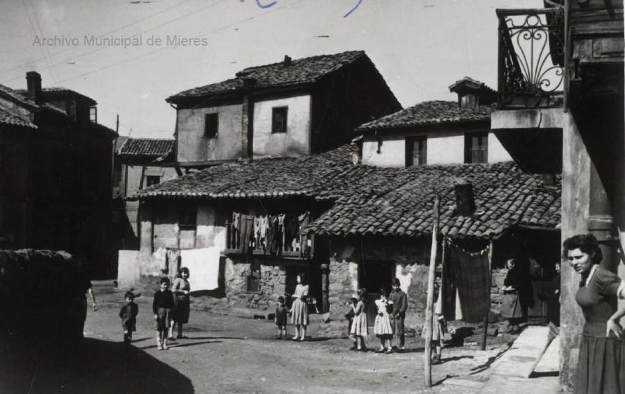 Rincón del barrio de Oñón. (Foto Alonso, 1950)