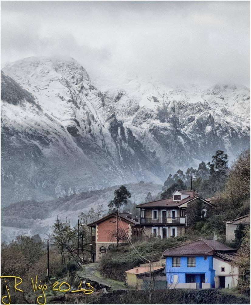 Casas en Los Valles -Turón | José Ramón Viejo