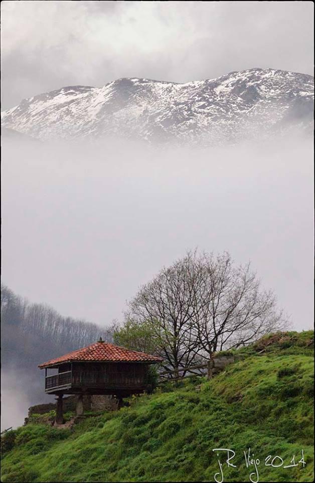 Hórreo en el Valle de Cenera | José Ramón Viejo