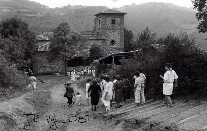 Bajada a la Ermita de Los Mártires de Valdecuna | José Ramón Viejo