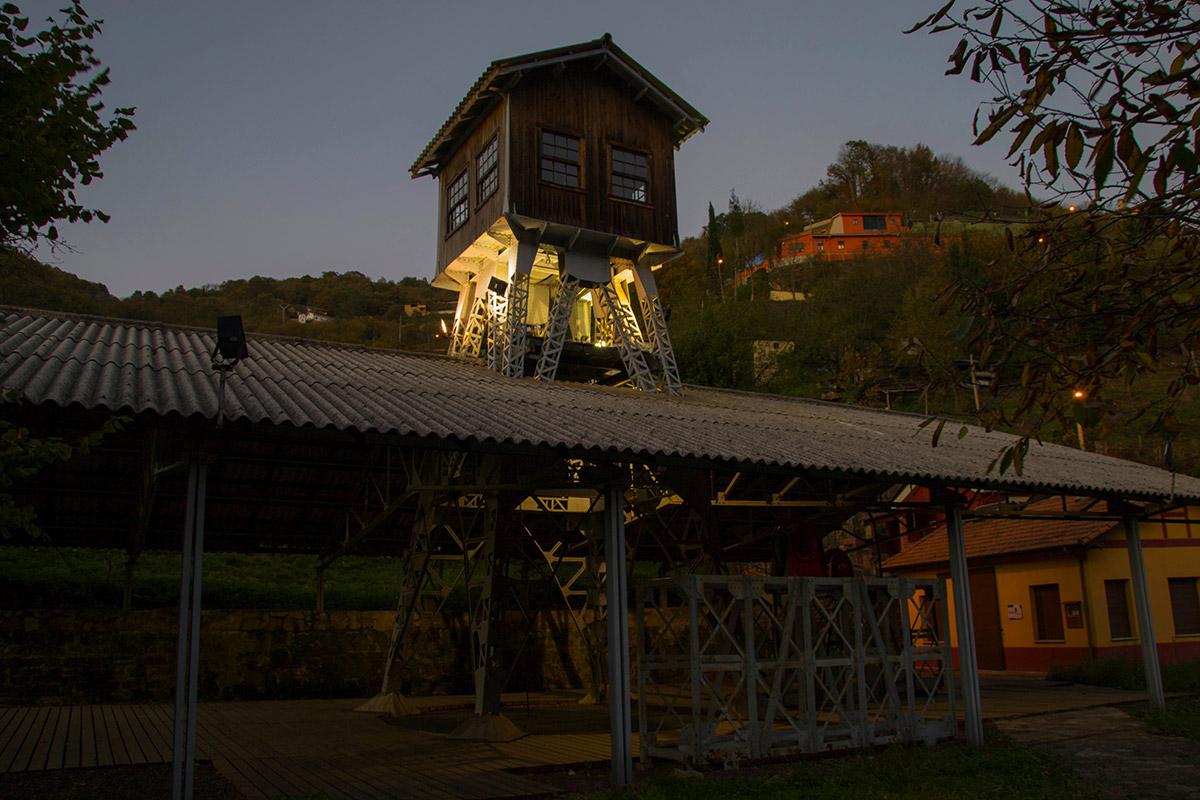 Máquina de extracción Espinos - Turón (Fot: Marisol Zapico - AF Semeya)