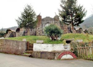 Arcos y Contrafuertes Depósito de Aguas - Villapendi