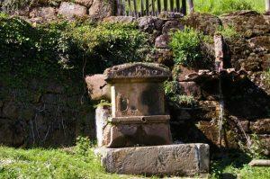 Fuente Palacio del Valletu