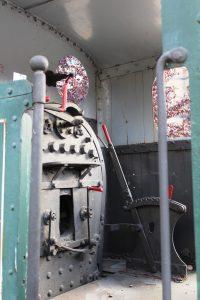 Interior de la locomotora de vapor SHE 11