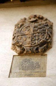Escudo e Inscripción Casa Duró