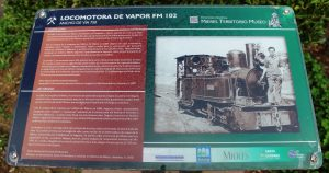 Panel informativo, locomotora de vapor FM 102