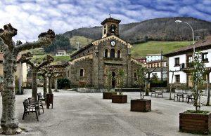 Plaza e Iglesia de Santa Eulalia (AF Semeya)