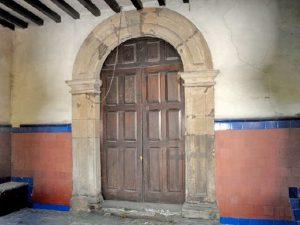 Puerta Capilla de la Santísima Trinidad