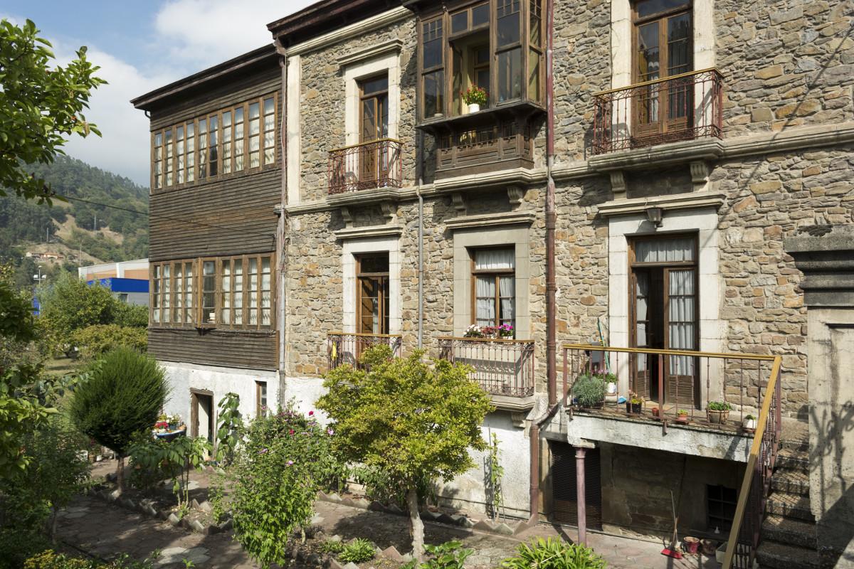 Zona trasera Casa Natal Aniceto Sela (Fot. J. Vázquez - AF Semeya)