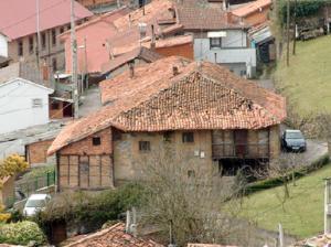 Casa de los Bernaldo de Quirós