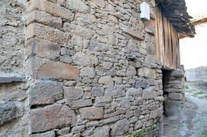 Fachada de la cuadra y pajar de Grameo - Santa Cruz