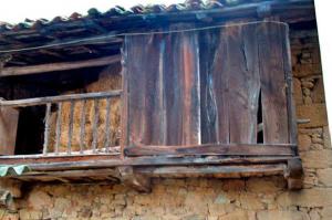 Detalle cuadra y pajar La Llonga - Santa Rosa