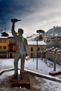 Escanciador de sidra nevado (Fot. Carlos Salvo - AF Semeya)