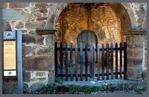 Portico de la Ermita de San Xusto - Turón (Fot: José Luis Soto - AF Semeya)