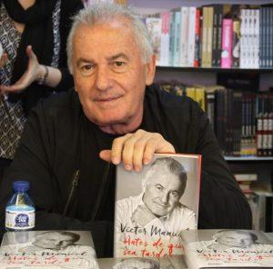 Víctor Manuel y su libro - Antes de que sea tarde