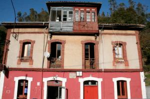 Villa Alegre - Muries, Mieres
