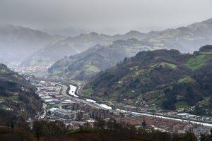Vista de Mieres del Camín y el Caudal (Fot. Carlos Salvo - AF Semeya)