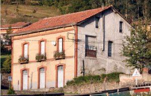 Vista Lateral Derecha Casa Celestino León