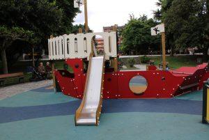 Parque Xovellanos- Barco por la cara Norte.