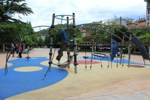 Parque Xovellanos-Conjunto de escalada