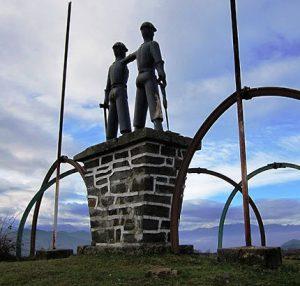 Vista posterior Monumento al Minero