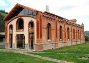 Antigua estación termoeléctrica SHE en Santa Cruz
