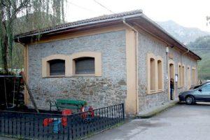 Antiguas escuelas de Baiña
