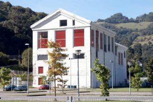 Antiguo edificio central del lavadero de la SHE en Santa Cruz