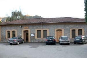 Edificio de la antigua escuela de Baiña