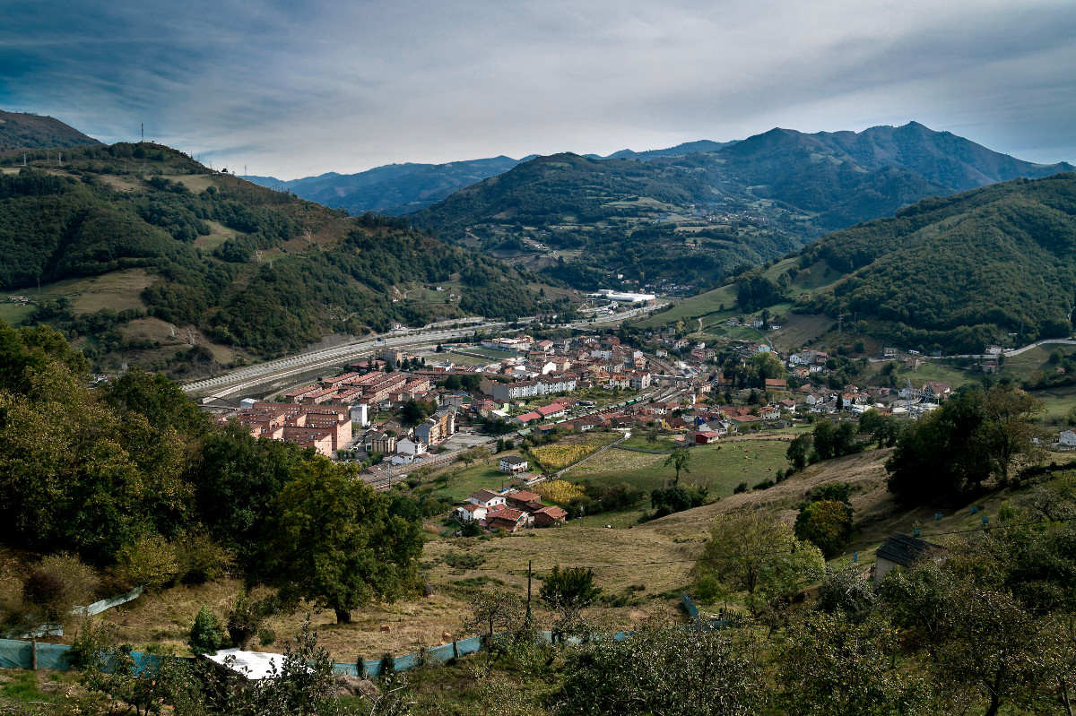 Vista de Uxo desde Villar (Fot. Julio Fernández Ferrero - AF Semeya)