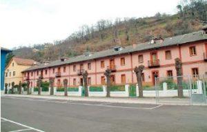Vista Lateral Casa de los Jardines