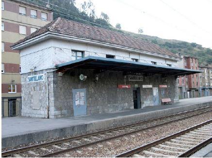 Marquesina y Vista Lateral de la Estación de Santuyano