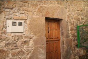 Puerta del Molino de Cenera