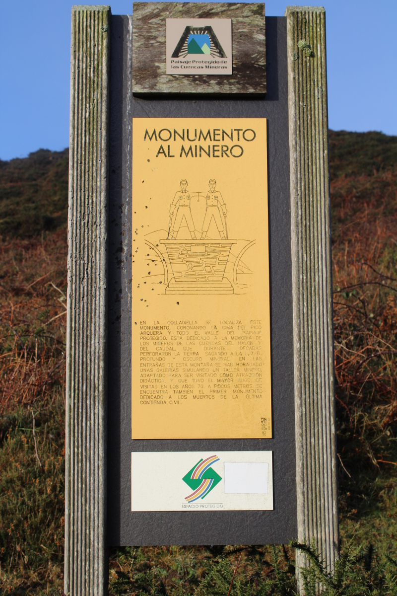 Cartel Monumento al Minero