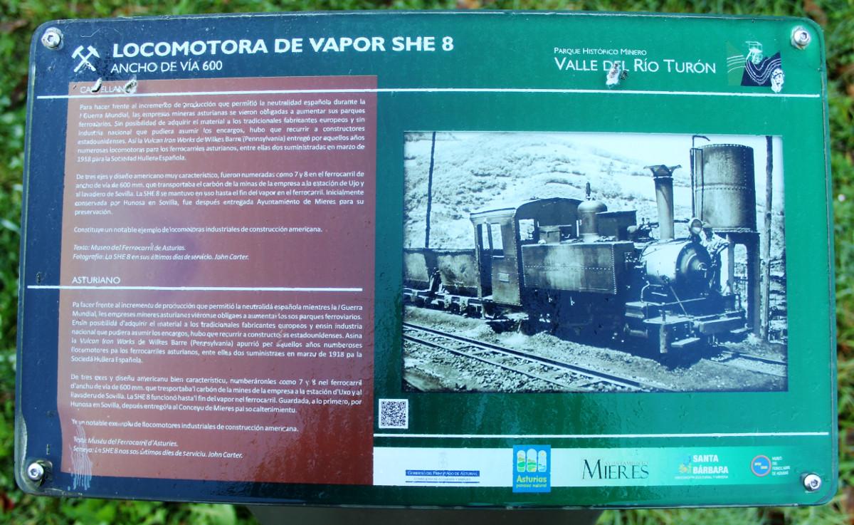 Panel informativo de la locomotora de vapor SHE-8, San Francisco, Turón