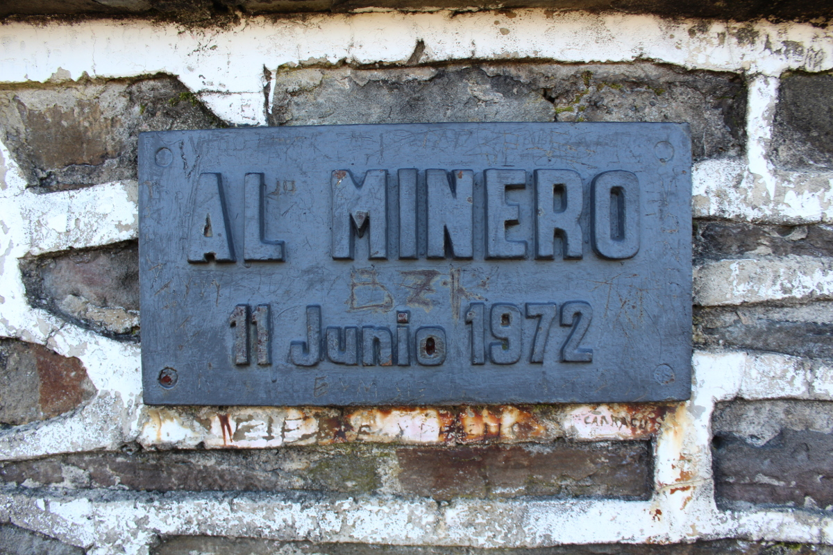 Placa Monumento al Minero