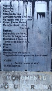 Placa poema Monumento Pozo Fortuna