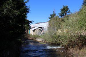 Río Turon e instalaciones