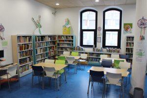 Sala de lectura para niños y niñas