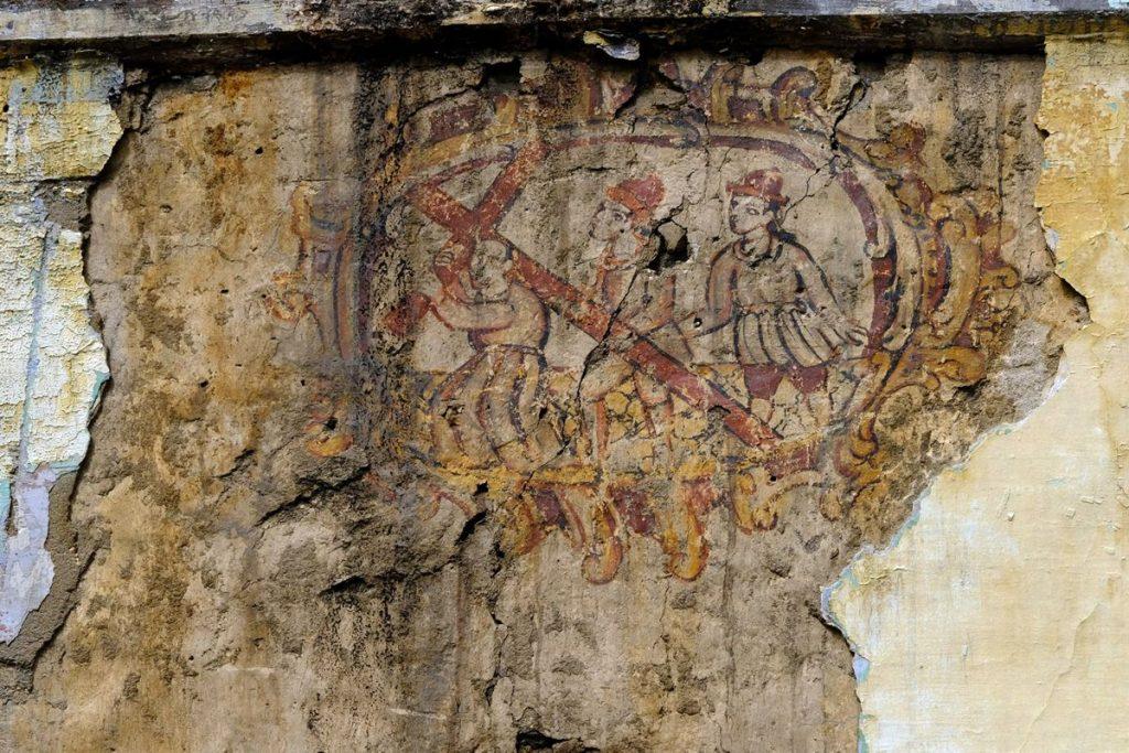 01-Pinturas murales El Llugarin-Primera escena Jesús camino al Calvario