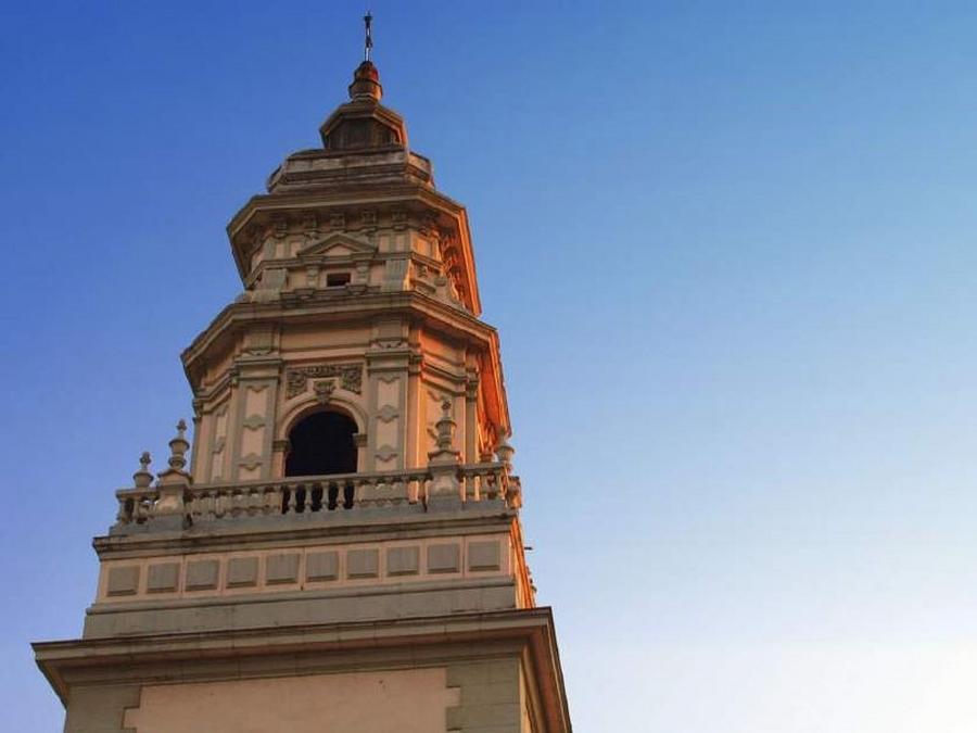 Detalle torre Iglesia de San Juan | César Sampedro