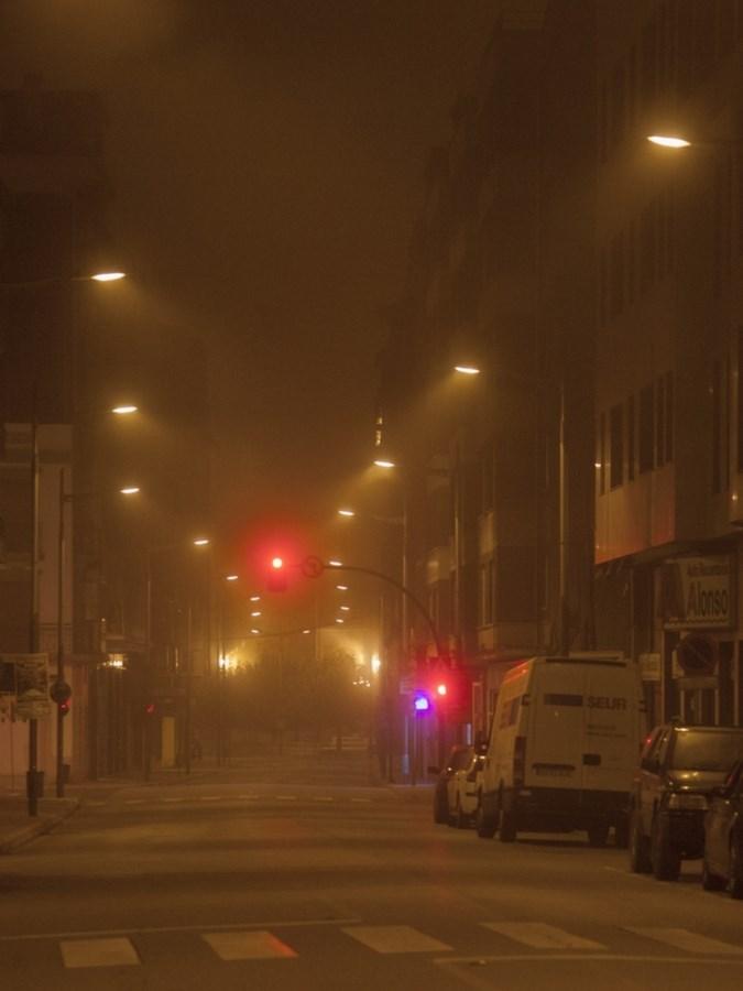 Niebla y noche. Calle Teodoro Cuesta | César Sampedro