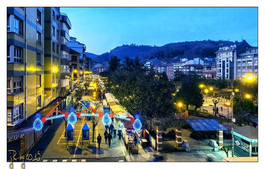Fiesta Astur-Galaica en la calle Aller | José Ramón Viejo
