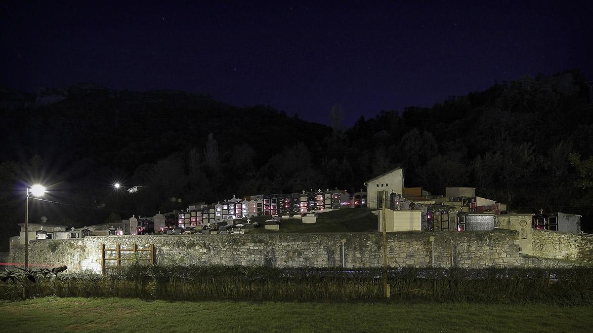 Baiña | Cementerio | Autor: Cheluis | AF Semeya