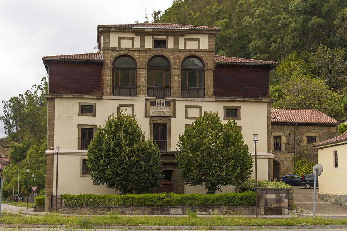 Figaredo | Palacio | Autor: Juanjo | AF Semeya