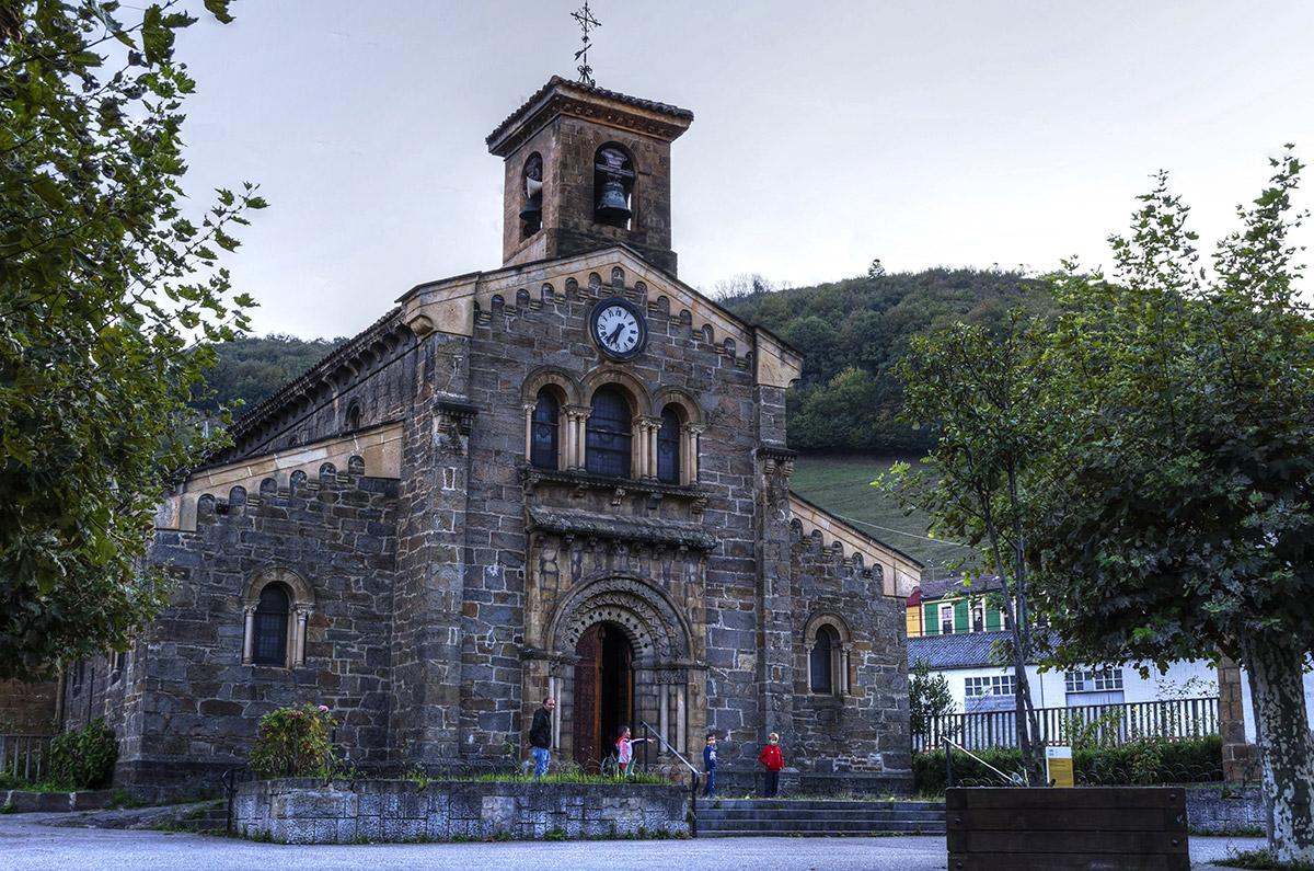 Ujo |Iglesia de Ujo | Autor: Yolanda Zapico | AF Semeya
