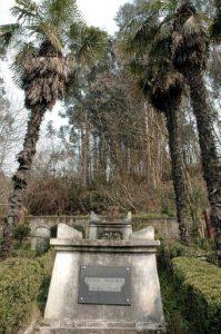 Tumba Numa Guilhou Cementerio Protestante de la Familia Guilhou