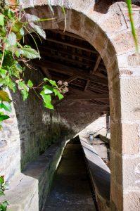 Fuente, lavadero y abrevadero de Carcarosa - Turón (Fot: José Luis Soto)