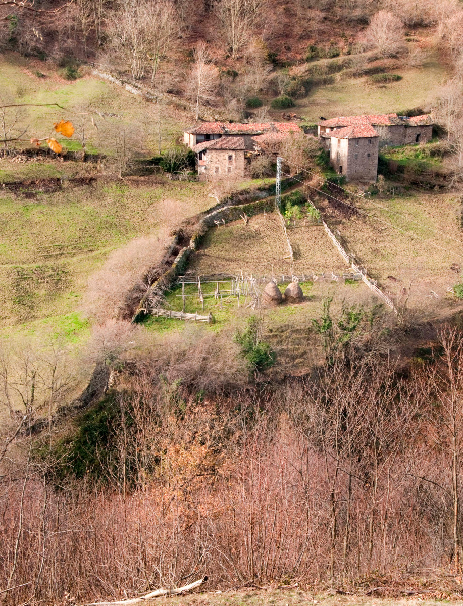 Vista La Yana´l Pumar - Urbiés (Fot: José Luis Soto)