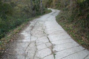 Zona hormigonada Camino Real de Urbiés